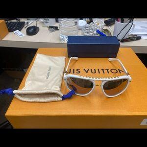 Louis Vuitton Serpico White Sunglasses
